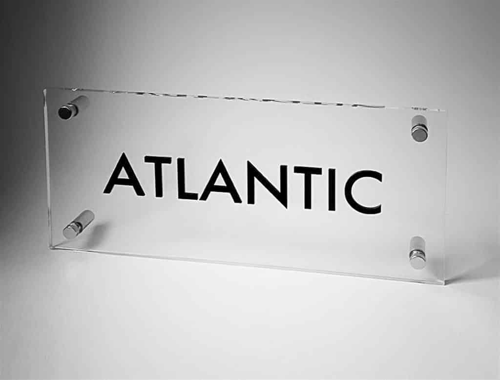"Табличка ""ATLANTIC"""